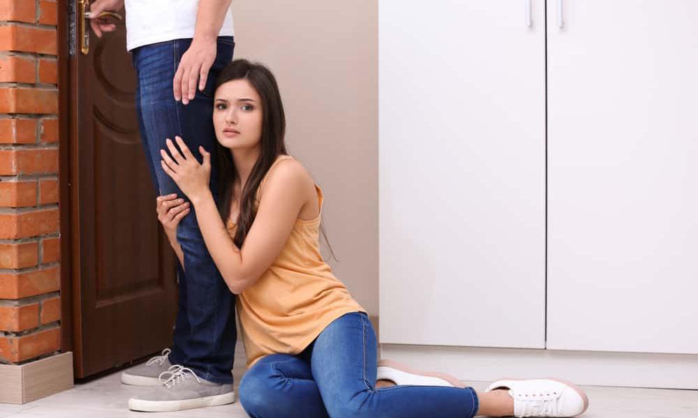5 Cara Mengatasi Rasa Takut Kehilangan Pasangan